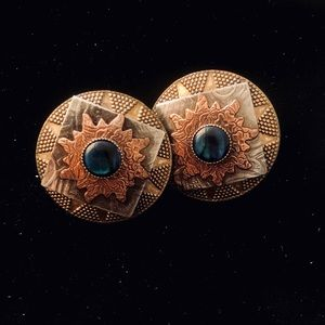 Three tones metal & green rock vintage earrings